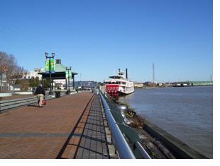New Orleans Riverwalk